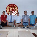 """6 Ağustos 2018 - KTTO Yönetim Kurulu'nun """"toplumsal uzlaşı"""" arayışları çerçevesinde aldığı karar doğrultusunda devam ettirilen çalışmalarda, KTTO bu kez Devrimci İşçi Sendikaları Federasyonu'nu (DEV-İŞ) ziyaret etti."""